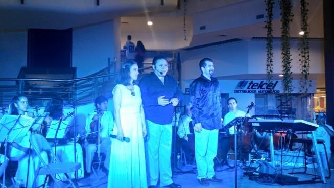 Viviana Báez, Mauro Calderón y Aldo Delgadillo