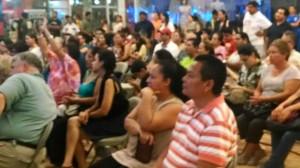 Público presente en Plaza Caracol