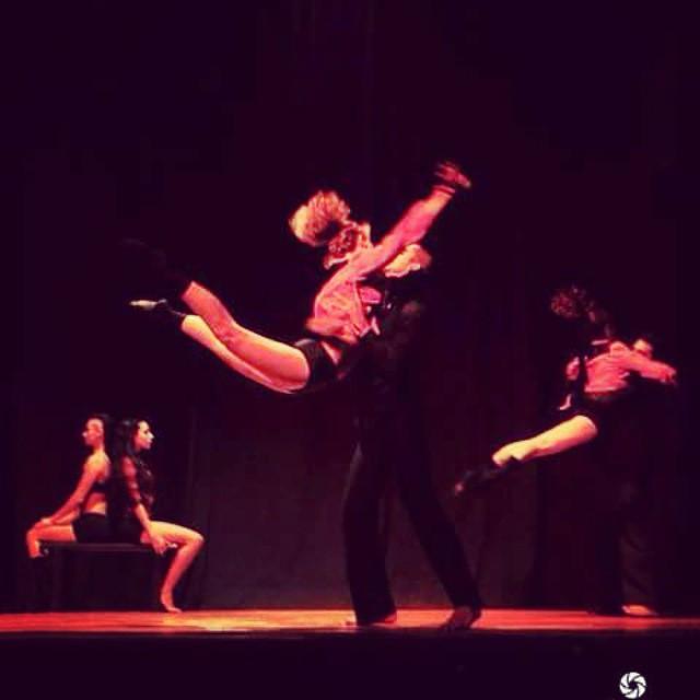 Propuesta de Danza Contemporánea: Precipicio (Enero y Abril 2015)