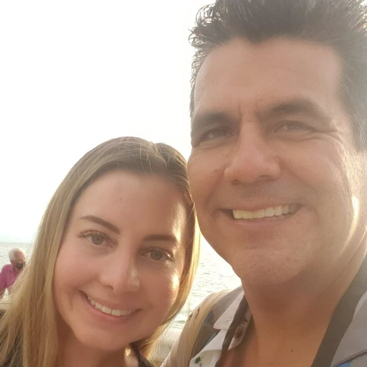 Fabiola and Israel at El Malecón de Puerto Vallarta.